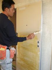 玄関ドアダイノックシート工事